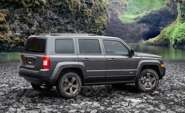 Although It Doesn T Hold The Le Of Being Smallest Jeep Anymore 2016 Patriot Model Remains Least Expensive Is Est Suv You